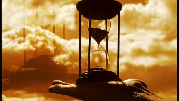 Hourglass hand