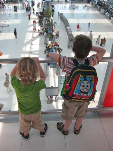 airport kids